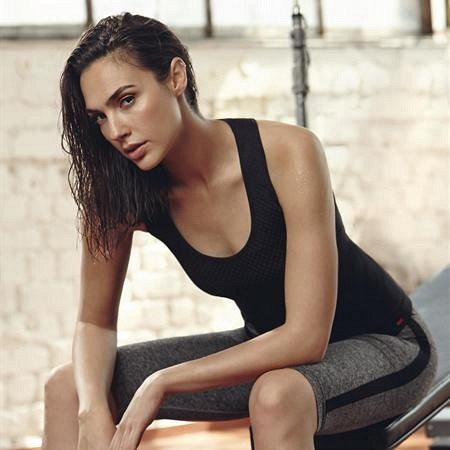 gal-gadot-wonder-woman-workout-photos